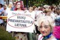 """N.Venckienę palaikantys žmonės Vilniuje šaukėsi """"tautos teismo"""""""