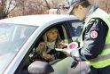 Saugaus eismo dieną policininkai dalijo saldainius