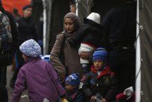 ES ragina paspartinti pabėgėlių perkėlimą