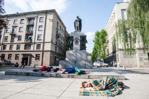 Kauno centrą okupavo pabėgėliai?
