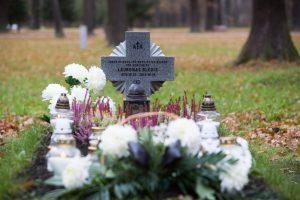 Karių kapinėse – ramybė ir vos vienas kitas lankytojas