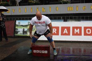 Prastas oras sutrukdė lietuviams apginti Baltijos galiūnų čempionų titulą
