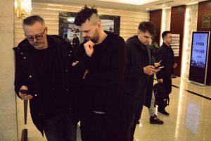 """""""Žuvėdros"""" aktorių Šanchajuje užpuolė žiūrovė"""