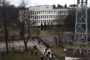 Kaune pareigūnai praktikavosi valdyti riaušes