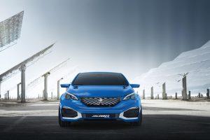 """""""Peugeot 308 R HYbrid"""" – kompanijos """"Sport"""" skyriuje gaminamas hečbekas"""