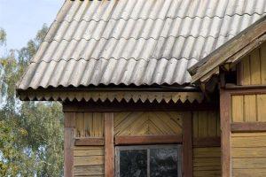 Surdegio stoties stogas atgaus istorinę išvaizdą