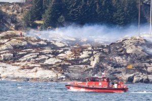 Norvegijoje sudužo bent 13 žmonių skraidinęs sraigtasparnis