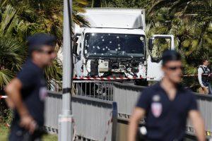 """Nicos žudynių byla: įtariamų """"mirties karių"""" daugėja"""