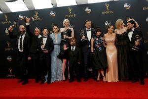 """""""Sostų karai"""" laimėjo geriausios televizijos dramos """"Emmy"""" apdovanojimą"""