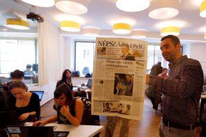 Europos Sąjunga nerimauja dėl sprendimo sustabdyti Vengrijos laikraštį
