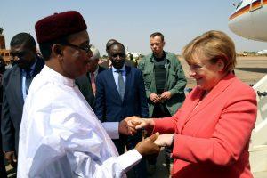 A. Merkel pažadėjo Nigeriui 27 mln. eurų pagalbos paketą