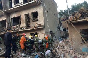 Kinijoje nugriaudėjusio galingo sprogimo aukų padaugėjo iki 14