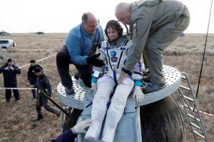 JAV, Rusijos ir Japonijos astronautai saugiai grįžo į Žemę