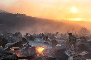 Čilėje įsiplieskęs gaisras niokojo miškus ir namus
