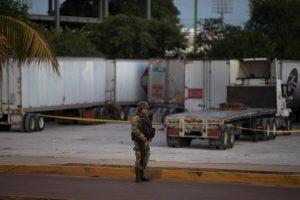 Meksikos kurorte per ginkluotą išpuolį žuvo keturi žmonės