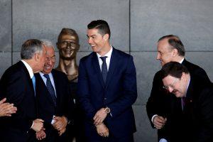 Madeiroje atidengta C. Ronaldo statula patiko ne visiems