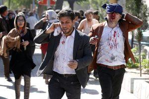 Kabulą sukrėtusio sprogimo aukų skaičius perkopė 150