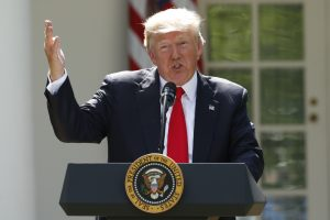 JAV traukiasi iš Paryžiaus klimato susitarimo