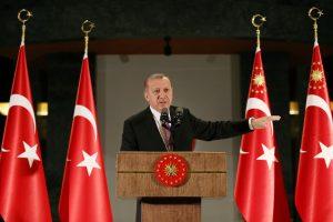 Kaip vienas autoritarinis lyderis gali pakeisti šalį?