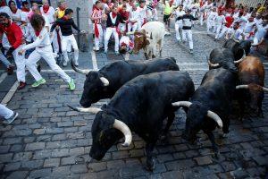 Per šeštąjį Pamplonos bulių bėgimą sužeisti šeši žmonės