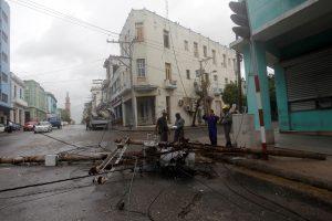 """Uraganas """"Irma"""": faktai, skaičiai, prognozės"""