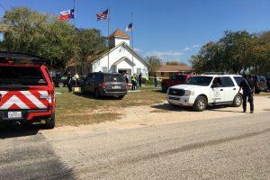 Teksase buvęs kariškis bažnyčioje nušovė 26 žmones (atnaujinta)