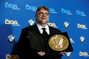 """Geriausio režisieriaus apdovanojimas atiteko """"Vandens formos"""" kūrėjui"""