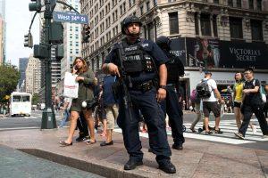 Sulaikyti penki Niujorko sprogdinimu įtariami asmenys