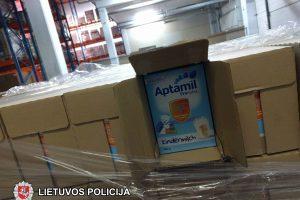 Policija sulaikė 11 tonų suklastoto pieno mišinio kūdikiams