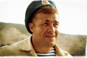 Ukraina uždraudė rodyti 69 filmus su aktoriumi, šaudžiusiu Donecko oro uosto link