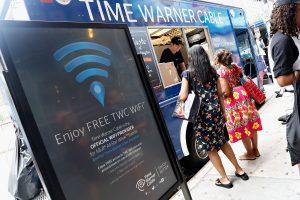 Mada iš JAV: lietuvius sužavėjo anoniminio ir nemokamo interneto privalumai
