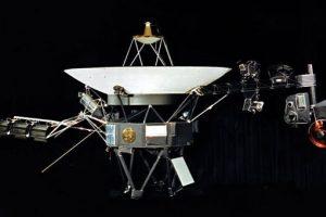 "Falšstartas anuliuotas: ""Voyager 1"" jau įskriejęs į tarpžvaigždinę erdvę"