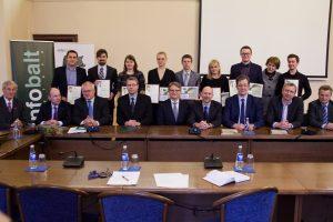 """""""INFOBALT"""" į jaunųjų mokslininkų ateitį investavo 30 tūkst. eurų"""