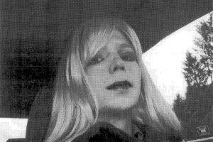 Translytė JAV paslapčių viešintoja pripažinta pažeidusia kalėjimo taisykles
