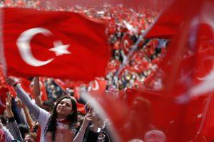 Turkijos prokurorai kovotojams už žmogaus teises reikalauja iki 15 metų kalėjimo