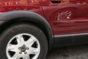 Rusijos pilietis kontrabanda vežė automobilių katalizatorių laužą