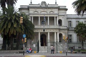 Buvę Gvantanamo kaliniai netrukus bus paleisti iš Urugvajaus ligoninės