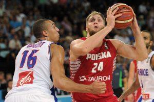 Prancūzijos krepšininkai įveikė pirmąją nesėkmę patyrusią Lenkijos komandą