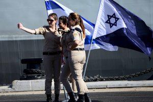 Izraelio pajėgos užėmė Gazos Ruožo blokadą mėginusį pralaužti laivą