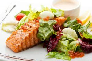 Ar valgome saugius žuvies produktus?