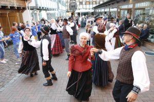 Klaipėdiečiai šoko su visa Lietuva