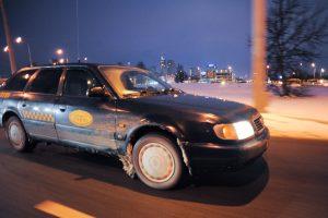 Nepanoręs susimokėti keleivis naktį talžė taksistą