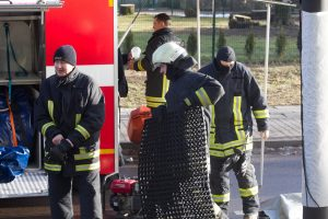 Šnipiškėse nugriaudėjo sprogimas: griuvo dalis namo, du žmonės sužeisti