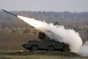"""Konstruktorius: Vakarai kol kas neturi priemonių prieš rusiškas raketas """"Iskander- M"""""""