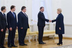 Prezidentūra naujų ministrų kandidatūrų šią savaitę nebesitiki