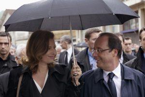 F. Hollande'o partnerė V. Trierweiler po skandalo išėjo iš ligoninės