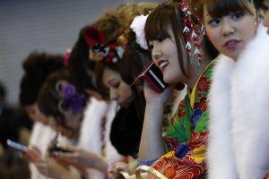 Japonijoje žmonos vyrams moka kišenpinigius