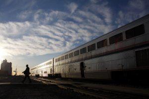 Kolorade automobiliui susidūrus su traukiniu žuvo penki vienos šeimos nariai