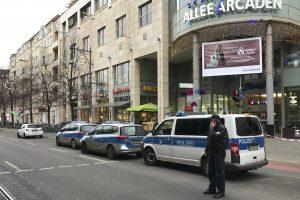 Vokietijoje sulaikyti du broliai, įtariami planavę išpuolį prekybos centre