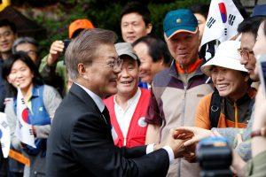 Naujasis Pietų Korėjos prezidentas nori nuvykti į Šiaurės Korėją
